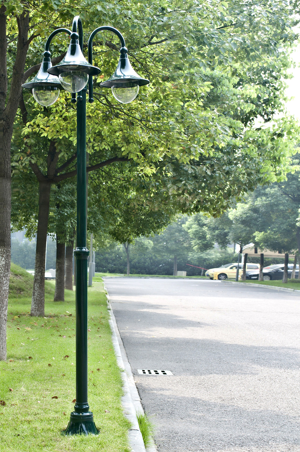 lampadaire vert lampe jardin ext rieur 3 t tes. Black Bedroom Furniture Sets. Home Design Ideas