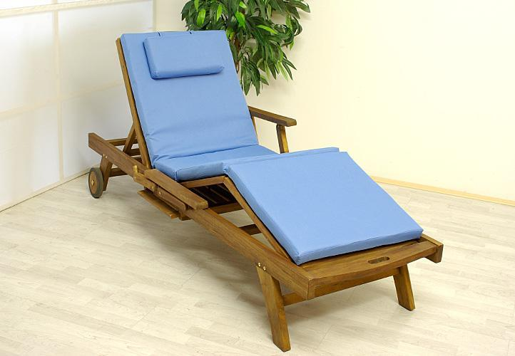 coussin bleu pour bain de soleil et transat. Black Bedroom Furniture Sets. Home Design Ideas
