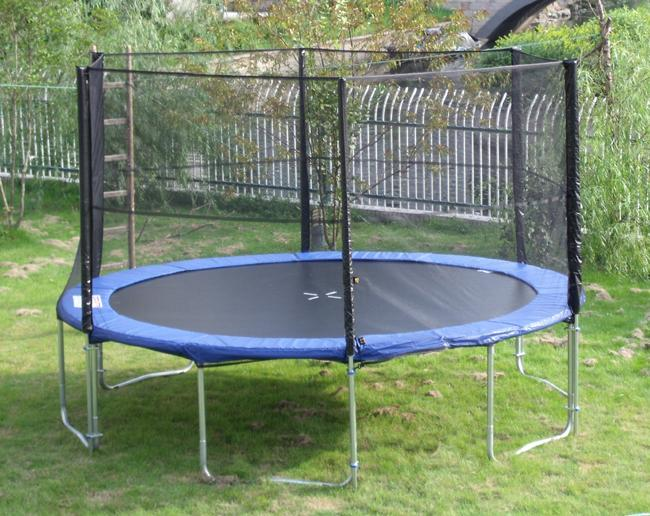 trampoline complet 5 m tres 220 kg de charge. Black Bedroom Furniture Sets. Home Design Ideas