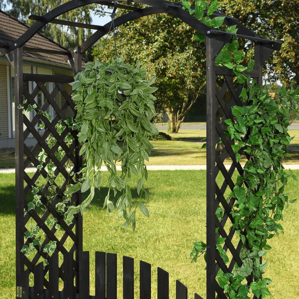 pergola en bois avec portillons noir. Black Bedroom Furniture Sets. Home Design Ideas