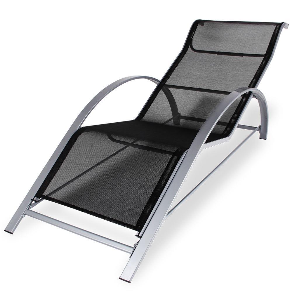 lot de 2 chaises longues table basse en aluminium. Black Bedroom Furniture Sets. Home Design Ideas